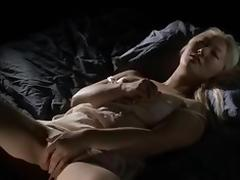 Girl masturbating -Laura N-