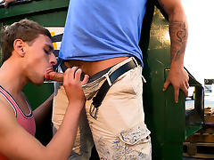 Alley way anal sex - OutInPublic