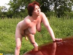 Bimbo, Bimbo, Masturbation, Mature, Old, Outdoor