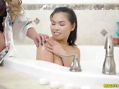 Bathroom, Asian, Babe, Bath, Bathing, Bathroom