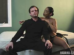 Havana Ginger is a ruthless mistress torturing her sex slave
