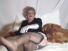 Sexyputa plays with her used nylons