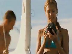 Jessica Alba very sexy dive