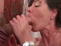 Mature amateur from france gets beefcakes
