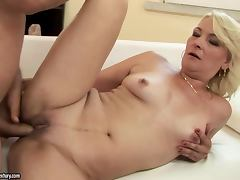 Mature slut Mary Blond sucks a dick before and after riding it