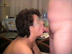 Blowjob and swallow sperm