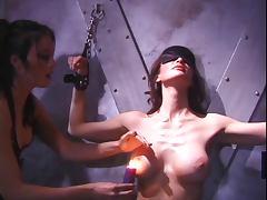 Lesbian chicks using nipple clamps