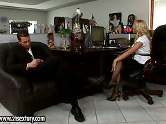 Lustful Nina Moonlight gets fucked doggystyle video