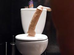lindalovecox  taking 12 inch dildo