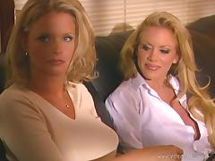 Steamy Venus And Wendy Divine Have Lesbian Sex In A Retro Clip